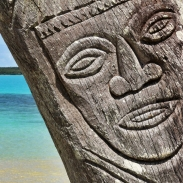 new-caledonia-carving