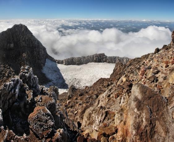 10-mount-taranaki-crater