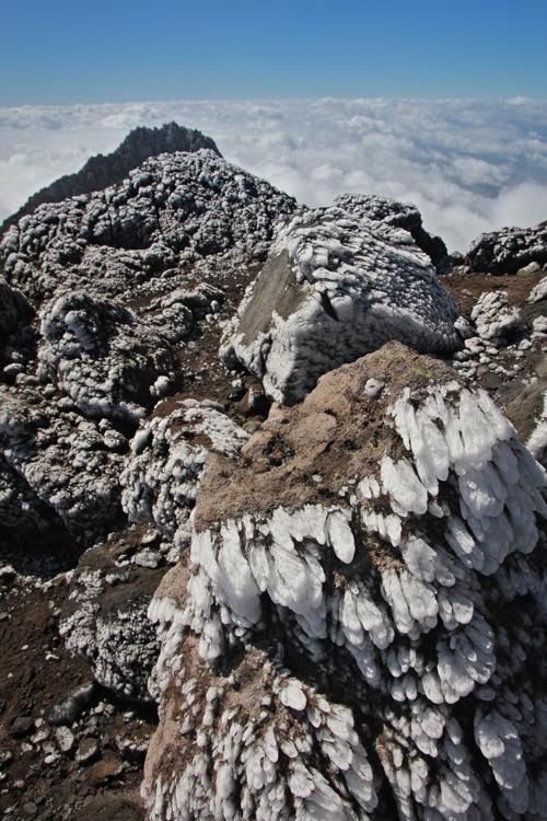 13-mount-taranaki-icicles