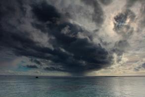 rarotonga-cookislands-rain