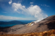 tongariro new zealand volcano outbreak