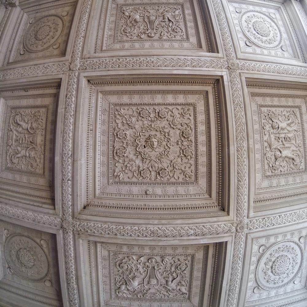 maisons-laffitte-ceiling