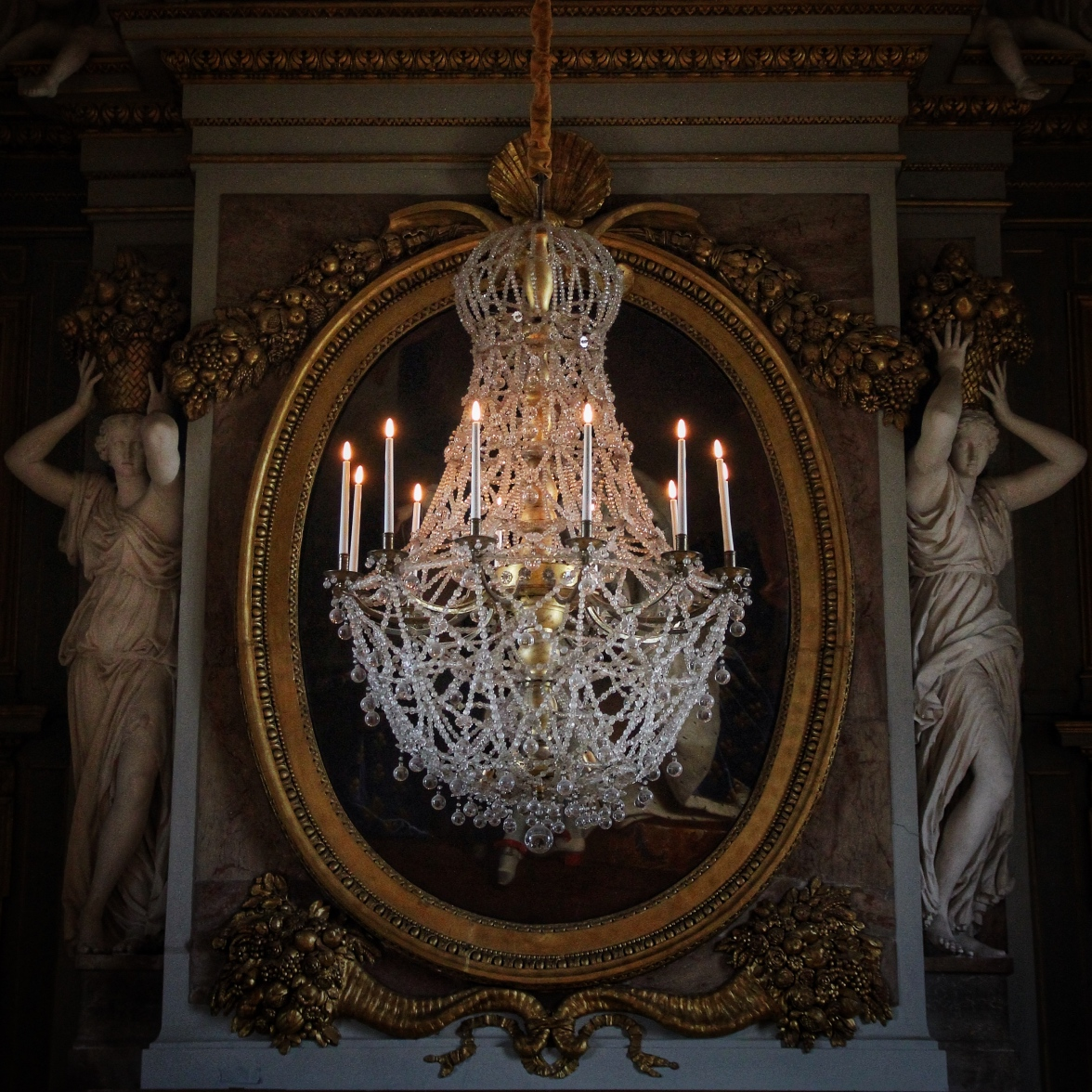 maisons-laffitte-chandelier