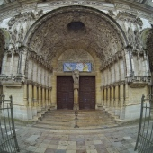 Dijon, France: Saint Michel
