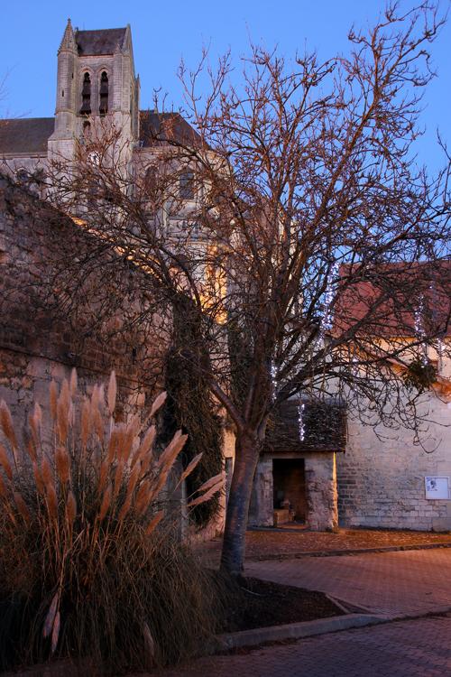 st-leu-desserent-abbey1