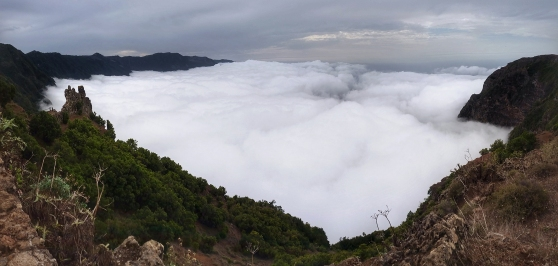 El Golfo is known as misty region in El Hierro, where clouds easily get stuck on the mountains, but I didn't imagine to get to see something like this! Location: Mirador De Jinama.